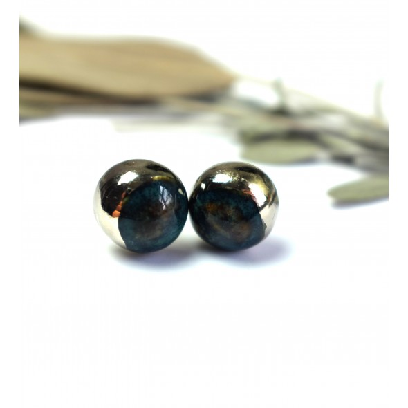 Dark Blue Stud Earrings with Platinum from Moon Collection