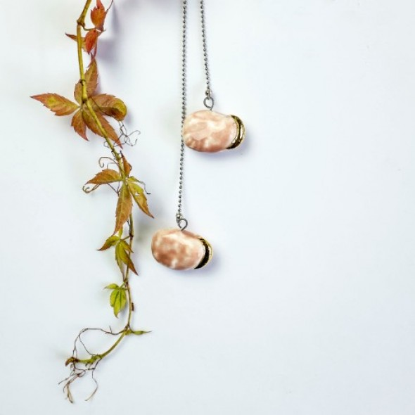 Pink Pendant Necklace From Collection Beans, With Gold or Platinum Sprouts