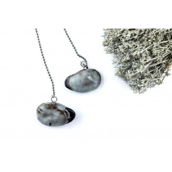 Dark Grey Pendant Necklace From Collection Beans